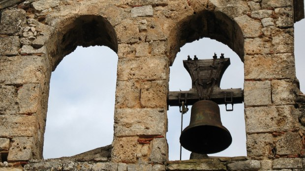 cloches, clocher, église, var