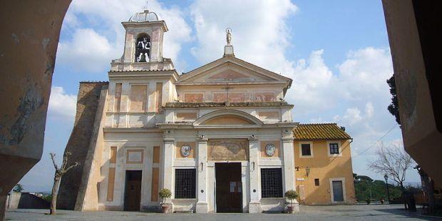 Roma, santuario del Divino Amore, la chiesa antica.