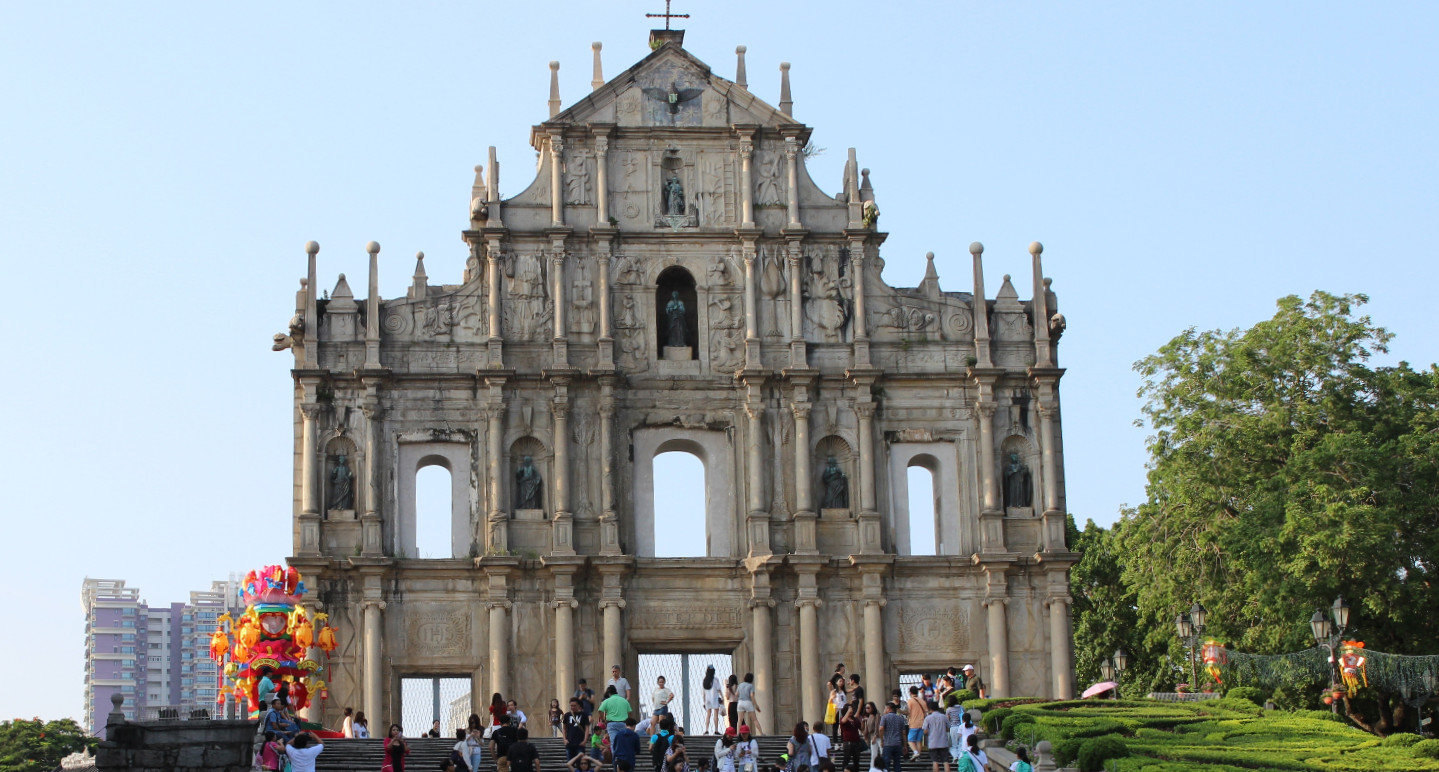 building-crowd-tourism-place-of-worship-macau-town-square-689709-pxhere.com_.jpg