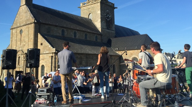 Concert de pop louange à Notre-Dame du Cap Lihou.