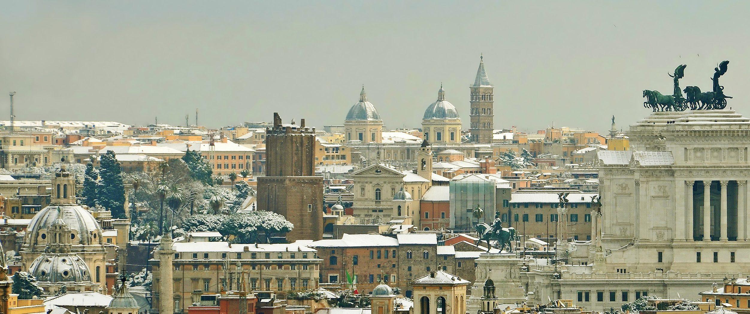 skyline of rome under snow - Image