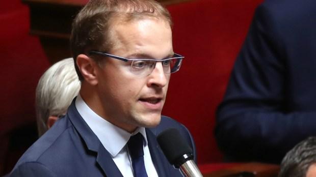 Le député LR Thibault Bazin, dans l'hémicycle de l'Assemblée nationale.