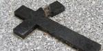 croix cassée