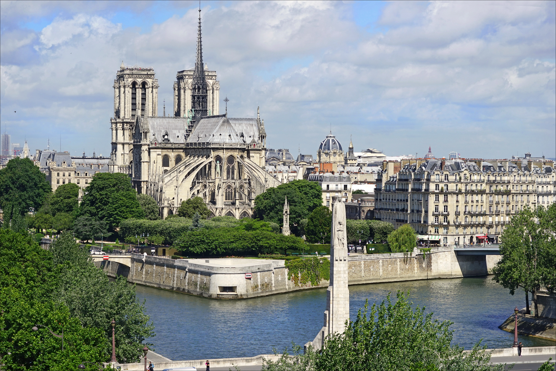 web2-sainte-genevieve-paris-flickr-34391040153_24841bdba0_o.jpg
