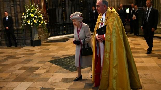 web2-westminster-queen-elizabeth-afp-000_1lf70v.jpg