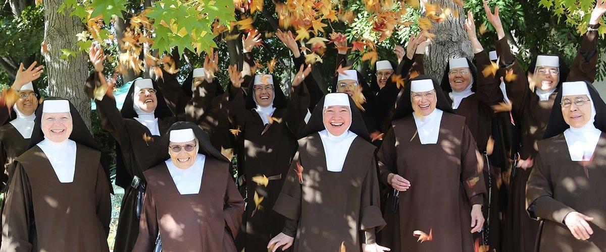 Les soeurs du carmel du Très-Sacré-Cœur de Los Angeles.