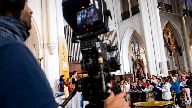 Messe à la télévision