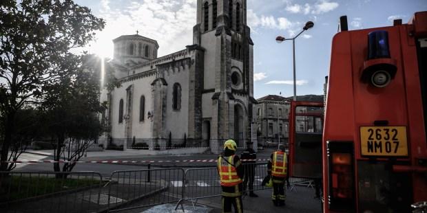 web2-church-teil-seisme-afp-000_1m67lh.jpg