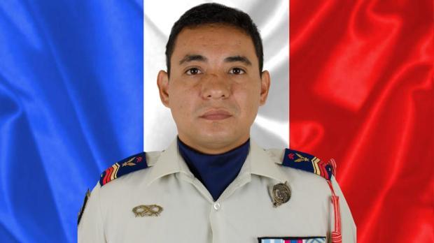 web2-soldat-mali-ministere-aux-armees.jpg