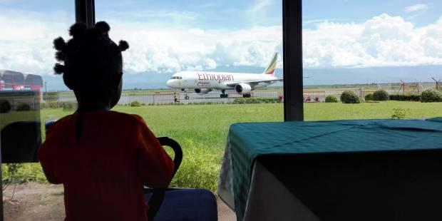 A 5 ans, la petite Faida a pu rejoindre Milan depuis le Burundi, pour subir une délicate opération cardiaque.
