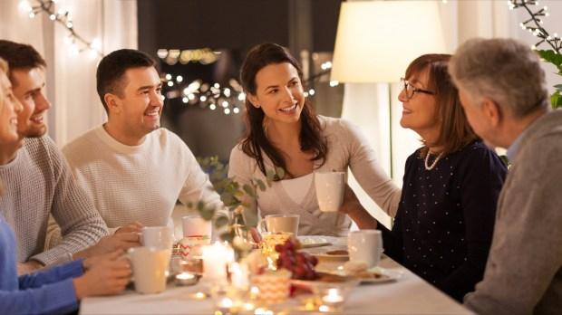 Dîner de Noël en famille