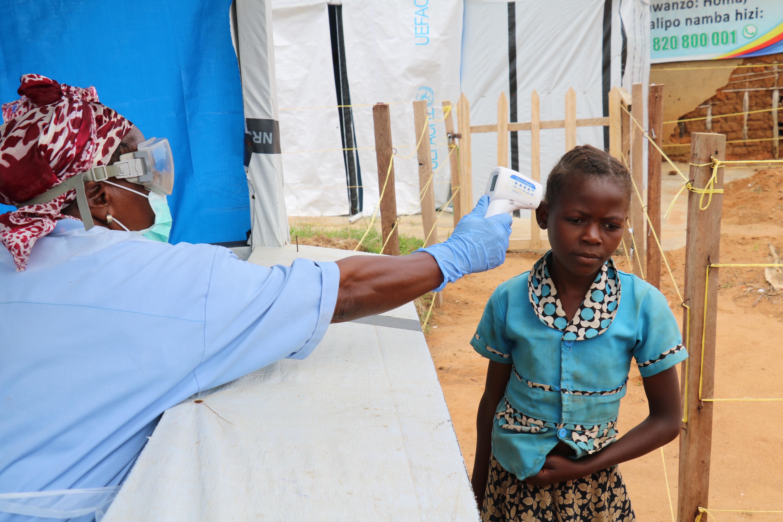 web2-ebola-prevention-medair.jpg