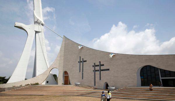 web2-afrique-cathedrale-godong-ci614037b.jpg