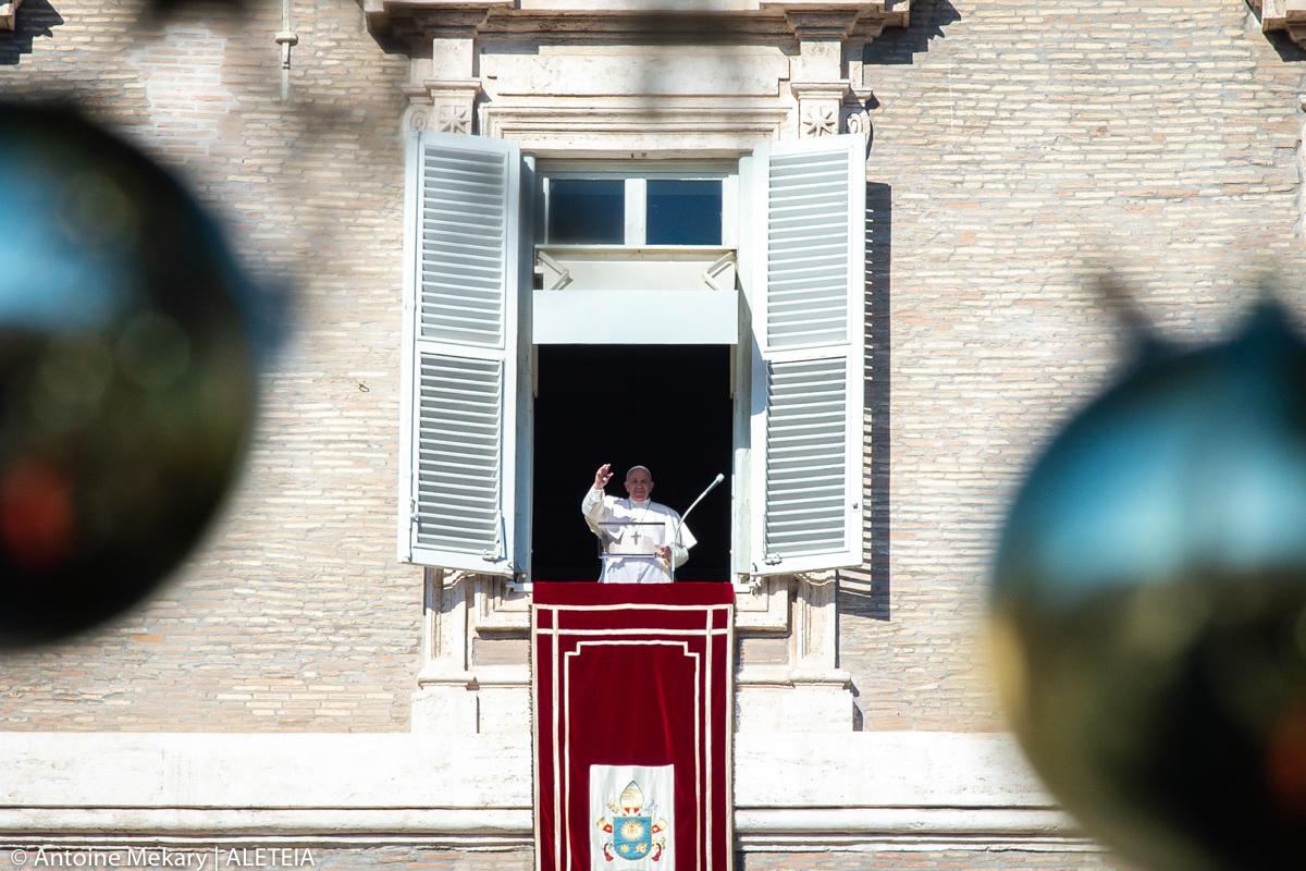 POPE EPHIPHANY ANGELUS