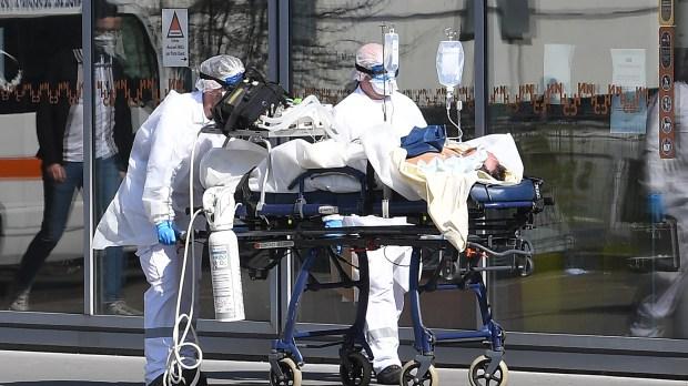 CORONAVIRUS-HOSPITAL-AFP-000_1px6ik.jpg