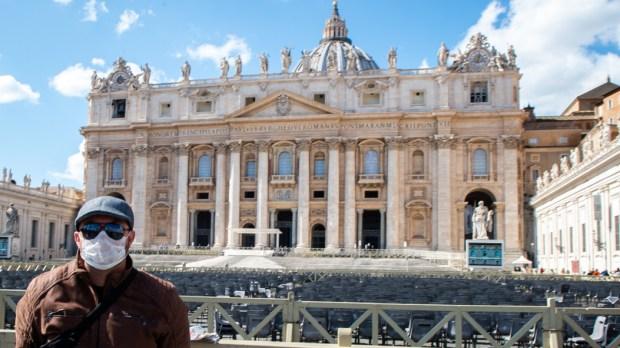 POPE-AUDIENCE-CORONAVIRUS-COVID-19