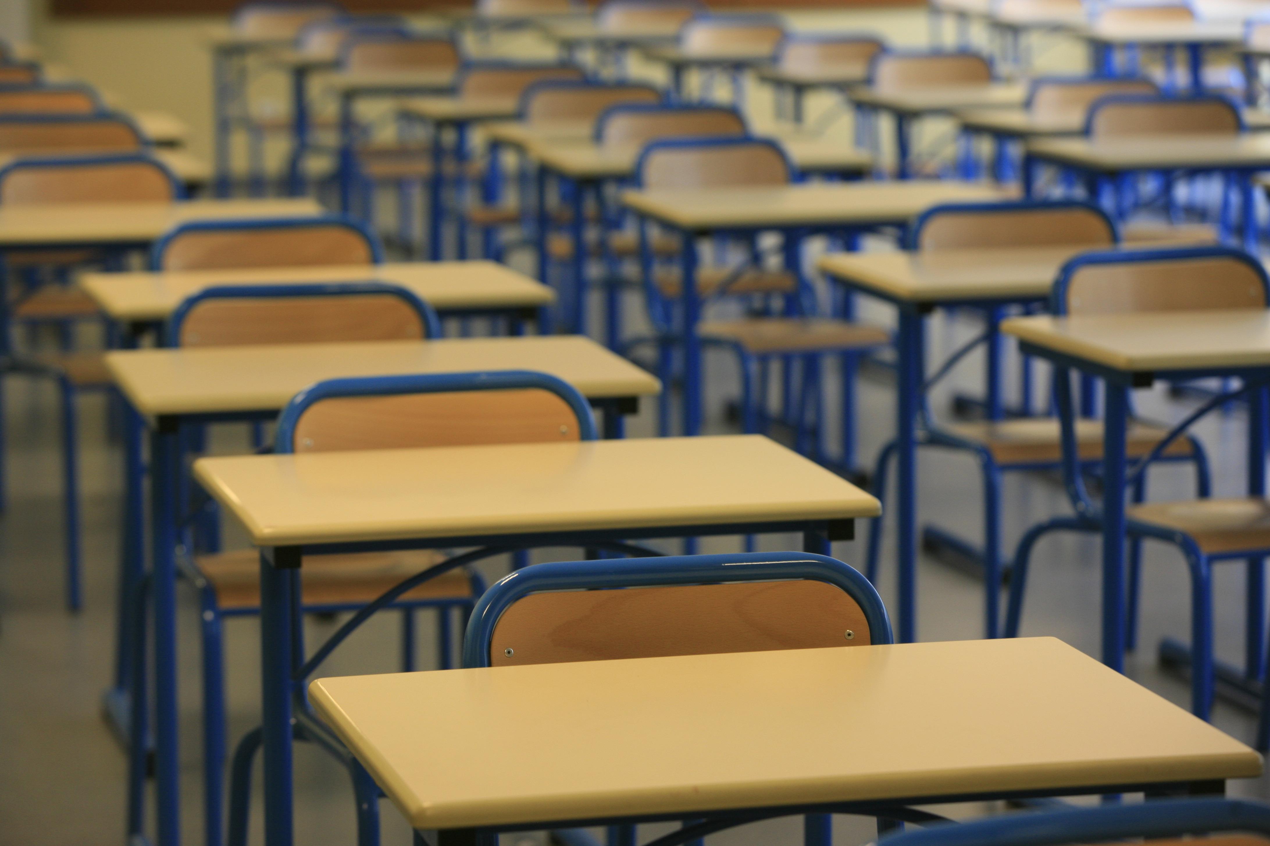 WEB2-EMPTY SCHOOL-CORONAVIRUS-GODONG-fr361188a.jpg