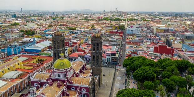 WEB2-MEXIQUE-MEXICO-CHURCH-shutterstock_1131960515.jpg