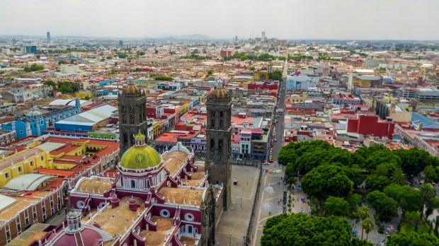 WEB2-MEXIQUE-MEXICO-CHURCH-shutterstock_1131960515.jpg