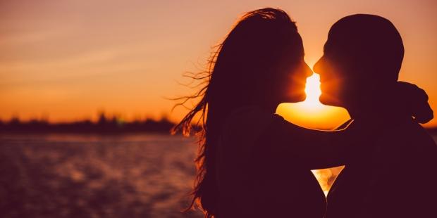 COUPLE, KISS, SUNSET