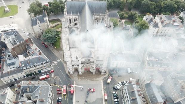 incendie cathédrale de nantes