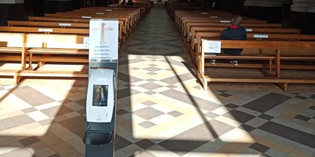 Distributeur d'eau bénite église Sainte-Catherine (Bruxelles)