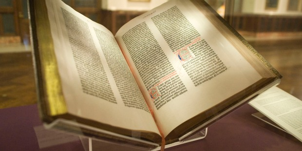 WEB2-BIBLE-GUTENBERG-WIKIPEDIA
