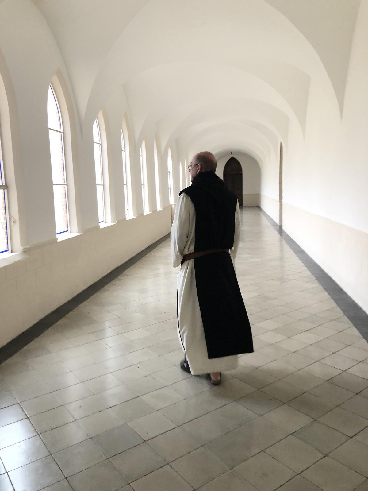 WEB2-MOINE-ABBAYE Sainte-Marie du Désert-VILLAGE DE FRANCOIS