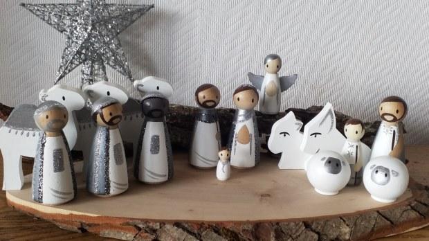 Crèche de Noël, Dame de Bois