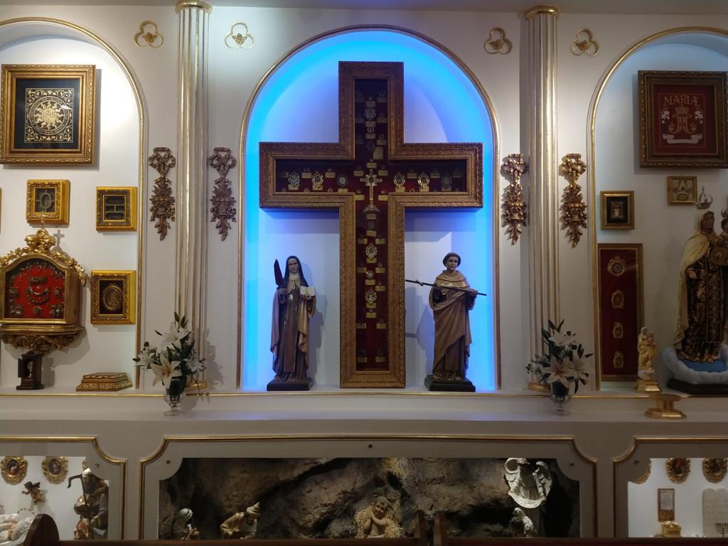 chapelle aux 400 reliques