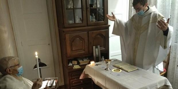 Baptême à domicile chez Antoinette Faure
