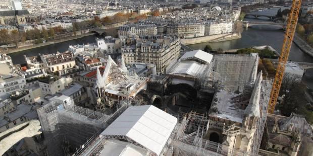 vue aérienne de notre dame de paris