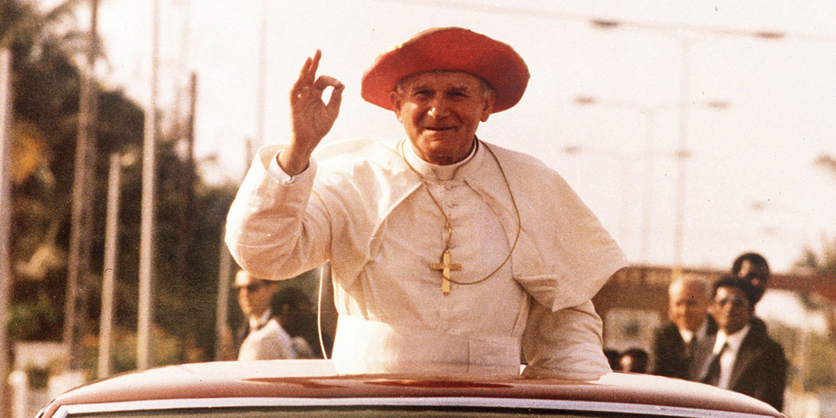 Non, l'Église Catholique ne condamne pas le rire ! WEB3-JOHN-PAUL-II-FUNNY