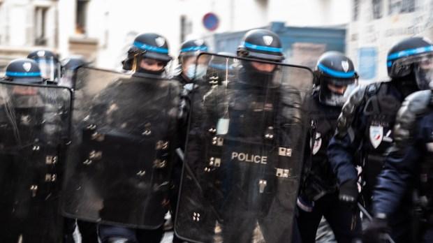 WEB2-POLICE-FRANCE-AFP-080_HL_VMERLE_1295627.jpg