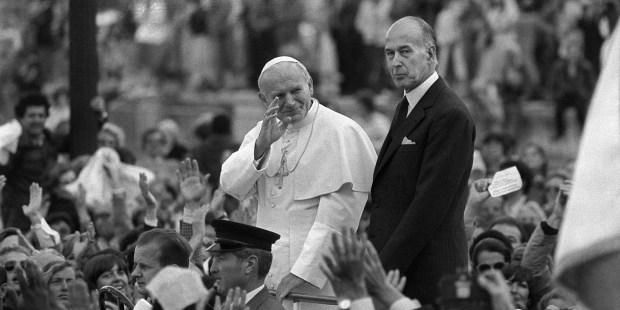 Giscard et pape Jean Paul II