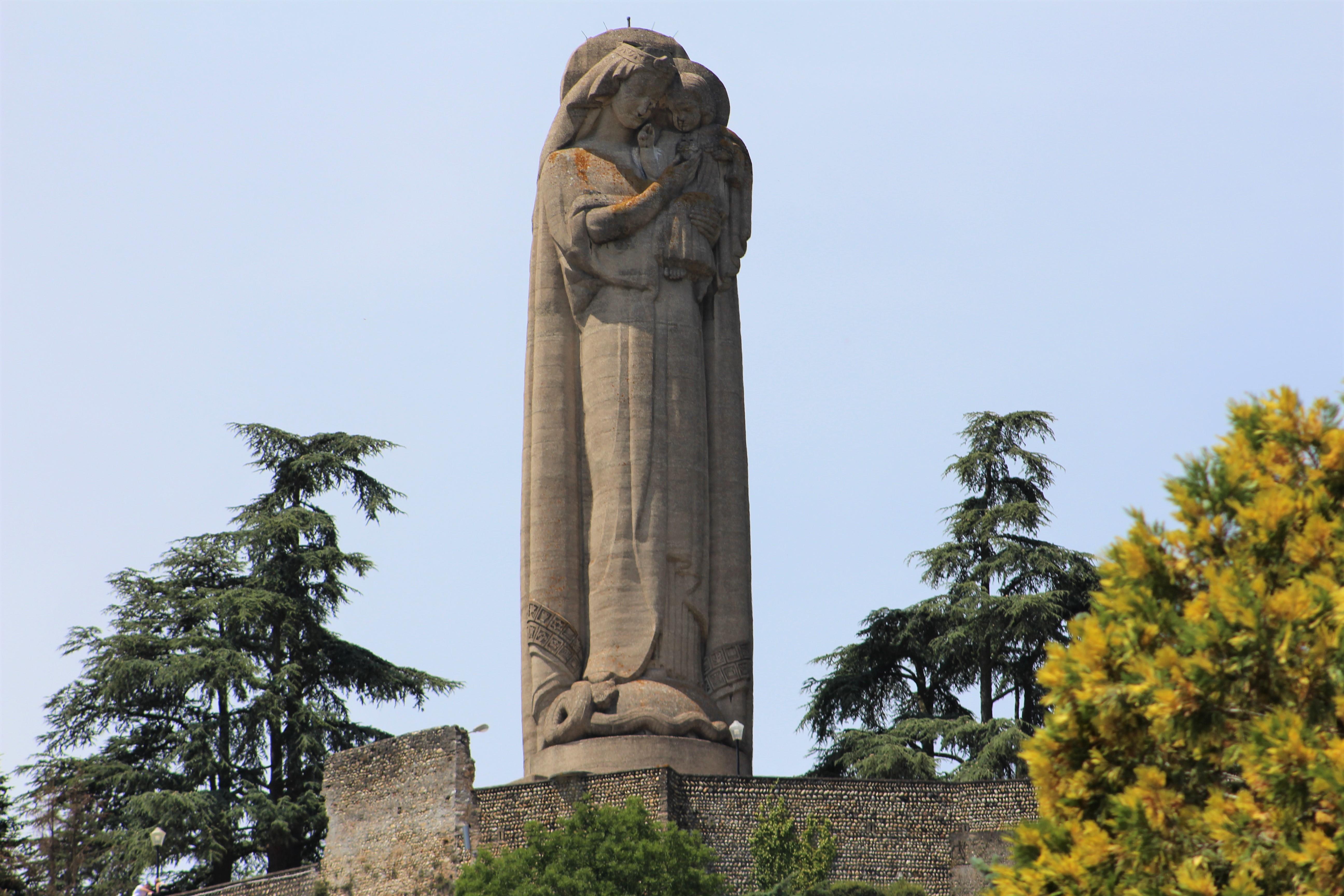 Vierge de Miribel