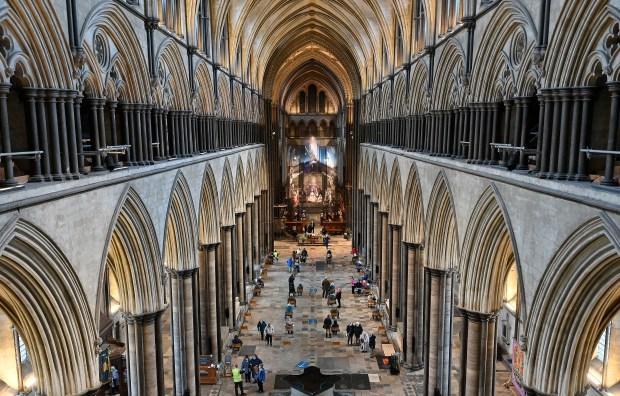 WEB2-Salisbury Cathedral-AFP-000_8Z67LA.jpg