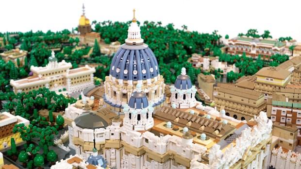 VATICAN LEGO