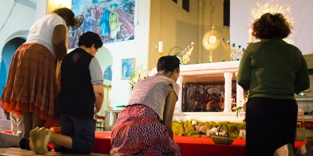 web3-pray-holy-sacrement-jean-matthieu-gautierciric.jpg