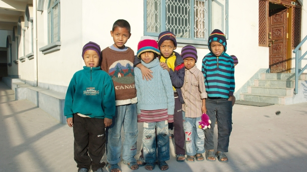 WEB2-NEPAL-ORPHANS-shutterstock_63931303.jpg
