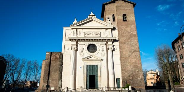 Diapo : basilique Saint-Nicolas en prison à Rome