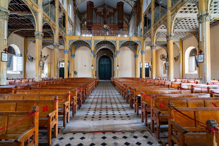 Guadeloupe-Cathedrale-Saint-Pierre-et-Saint-Paul-c-MyPhotoAgency-Francois-Xavier-Peroval-29.jpg