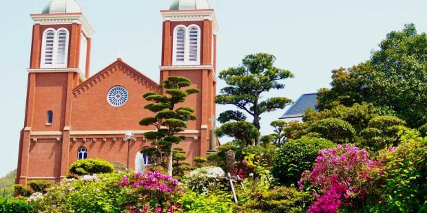 WEB2-JAPAN-CATHEDRAL-NAGASAKI-shutterstock_1079349167.jpg
