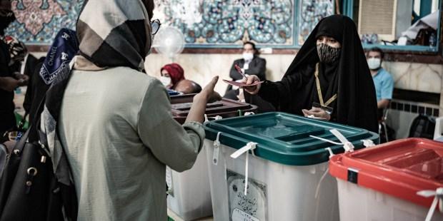 WEB2-IRAN-ELECTION-080_HL_NCLEUET_1483453.jpg