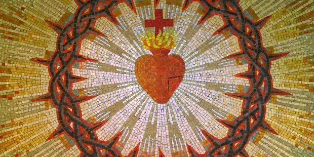 Juin est le mois du Sacré-Coeur de JESUS SACRED-HEART-FR210414A