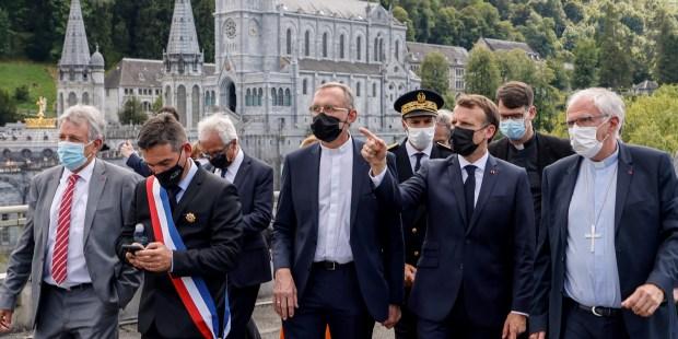 DIAPO : Emmanuel Macron en visite présidentielle à Lourdes