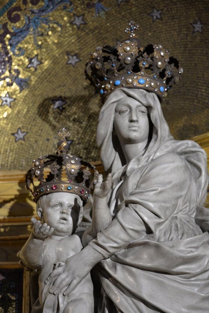 Couronne statue Notre Dame des Victoires