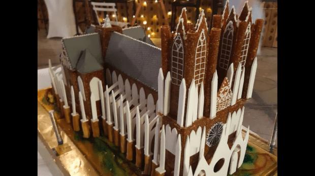 Notre-Dame de Reims pièce montée