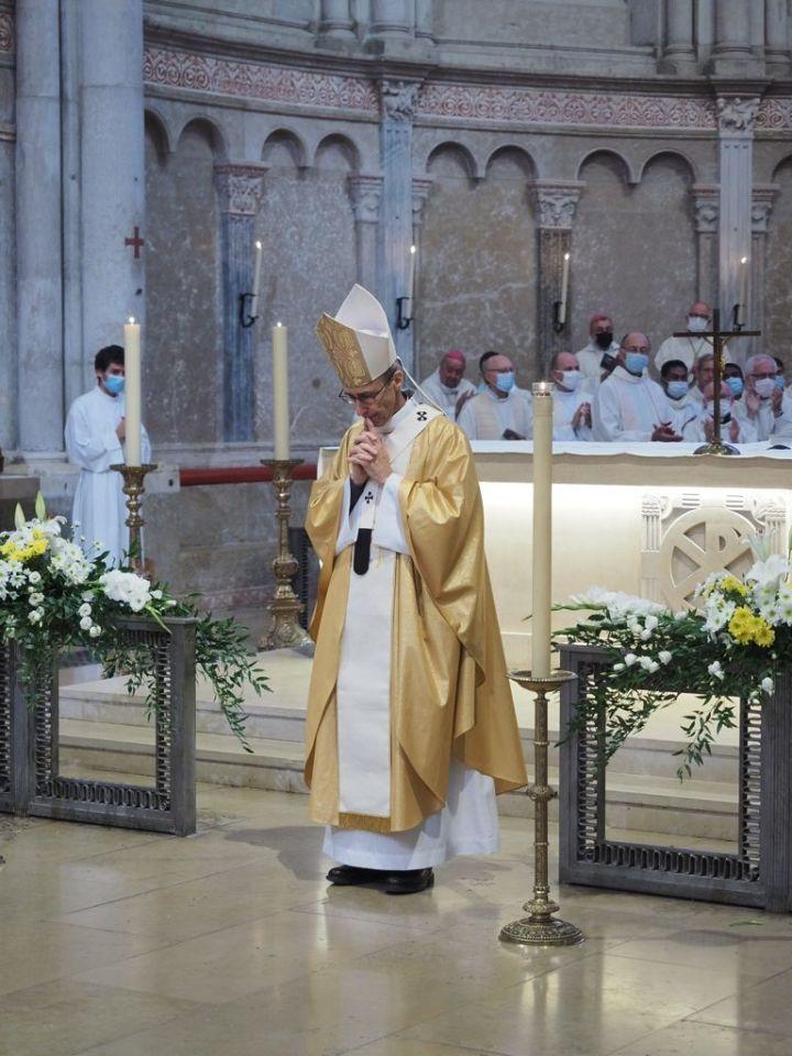 Pallium de Mgr de Germay