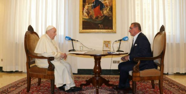 WEB2-POPE-FRANCIS-INTERVIEW-COPE.jpg